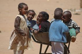 Niños jugando en Narosura