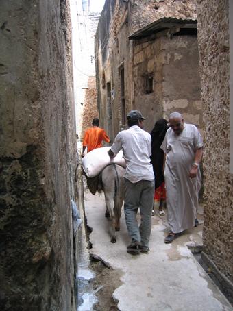 Una calle de Lamu. Kenya, septiembre de 2005