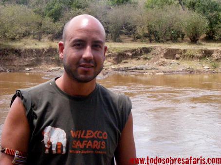 Iñigo en el r�o Mara. Masai Mara, Kenya. 2007