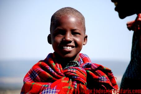 Niño masai en Losho. Kenya, septiembre de 2007