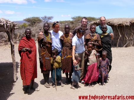 Visita a un poblado Datoga en Eyasi, Tanzania. Agosto de 2007